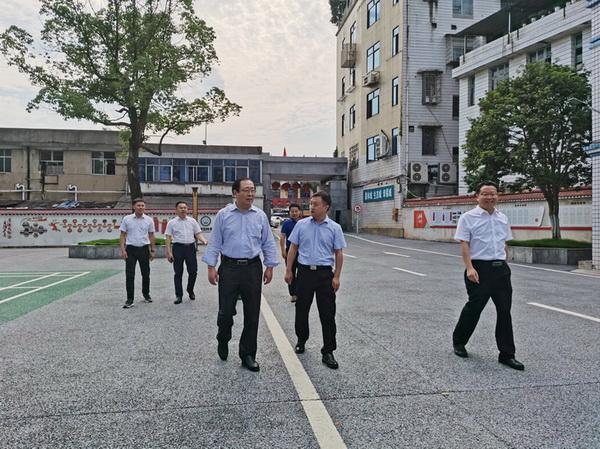 中国农业科学院棉花研究所党委书记一行来湖南省棉花科学研究所交流指导